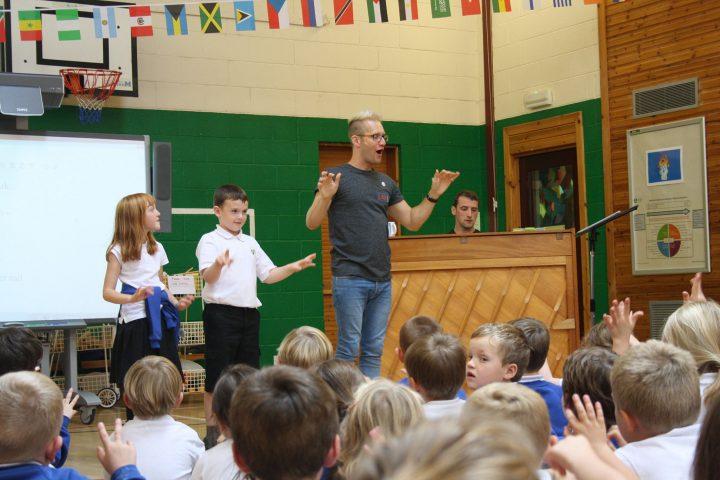 Leading a choir in primary school